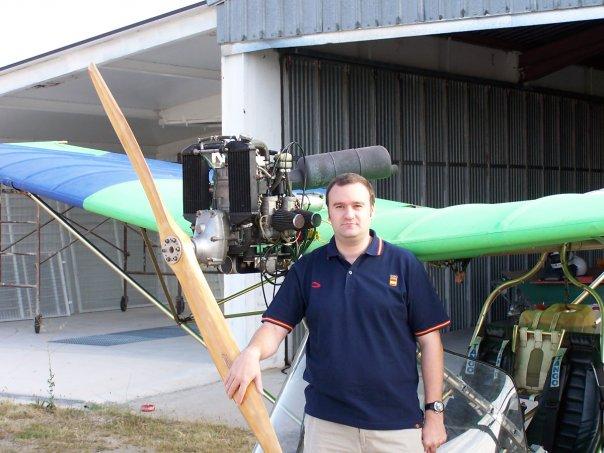 FVH recomienda probar la experiencia de realizar un vuelo en ultraligero
